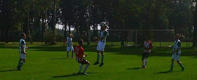 Kopbal Martijn Vosters tijdens Zuiderburen 1-PSV 3
